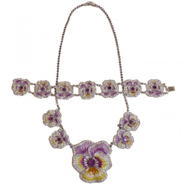 1930s pansy jewelry set via 1stdibs.com